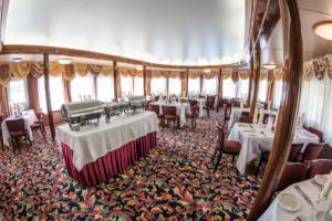 Ресторан на шлюпочной палубе -Романтика-