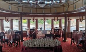 Панорамный ресторан на  шлюпочной палубе